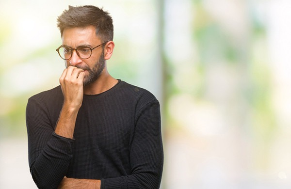 Chi soffre di un disturbo di ansia generalizzata si preoccupa di incontrare imprevisti o problematiche negli aspetti comuni della propria esistenza.