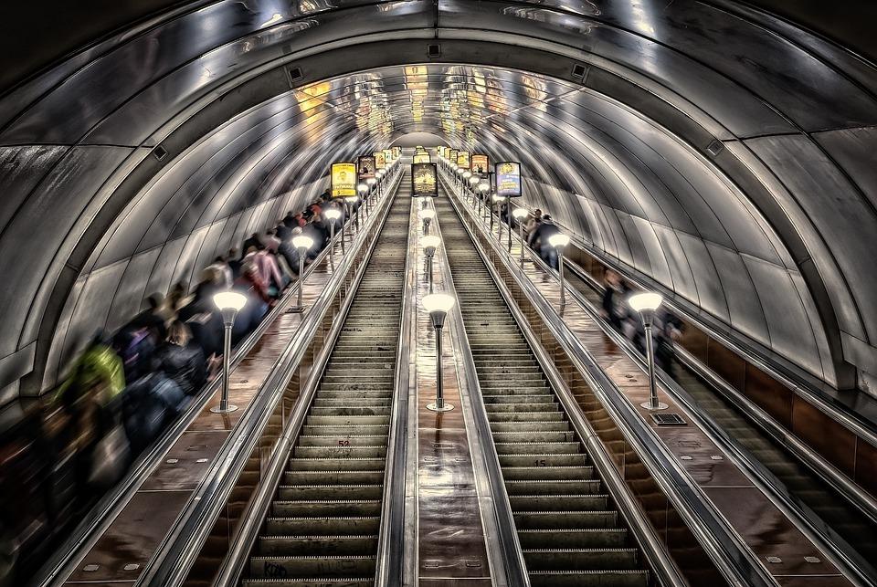 Agorafobia e claustrofobia: due facce della stessa medaglia