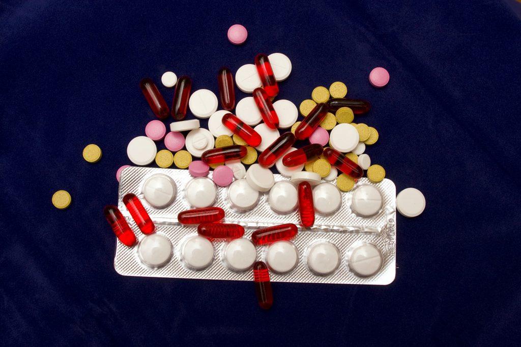 Alcuni farmaci, droghe e alcol possono indurre sintomi di panico